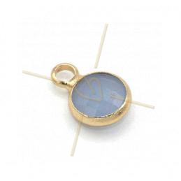 hangertje rond blue opaque glas + metaal 6mm met 1 ring gold plated