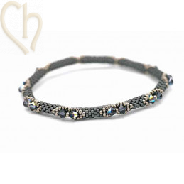 Kit Bangle Bracelet Slate is Back