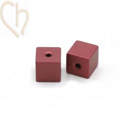 Aluminium annodised cube bead 8mm Winered