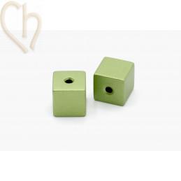 Aluminium annodised cube bead 8mm Grassgreen