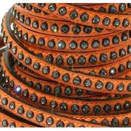 cuir plat 5mm orange à strass